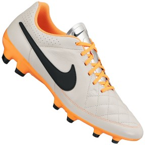 Chuteira Campo Nike Tiempo Gênio Leather FG Adulto